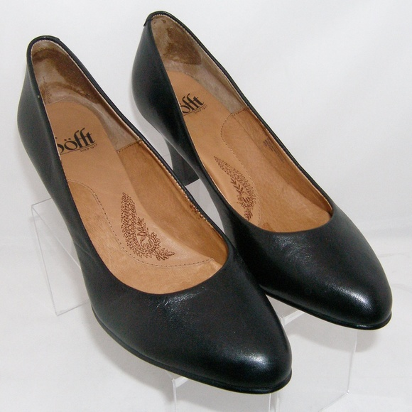 6f1dc314079 Sofft black leather almond toe 1039711 pumps 8.5M